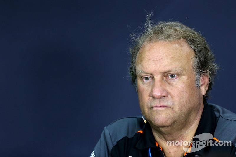 روبيرت فيرنلي، نائب مدير فريق سهارا فورس إنديا للفورمولا واحد