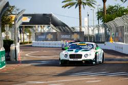 #16 Bentley Takımı Dyson Racing Bentley Continental GT3: Chris Dyson