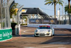 #17 Global Motorsports Group Porsche 911 GT3 Kupası: Alec Udell