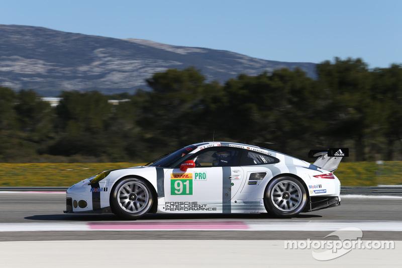 #91 Porsche Team, Manthey Porsche 911 RSR: Jörg Bergmeister, Richard Lietz, Michael Christensen