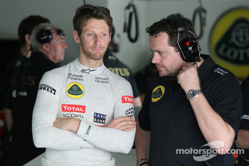 Romain Grosjean, Lotus F1 Team y Julien Simon-Chautemps, Lotus F1 Team ingeniero de carrera