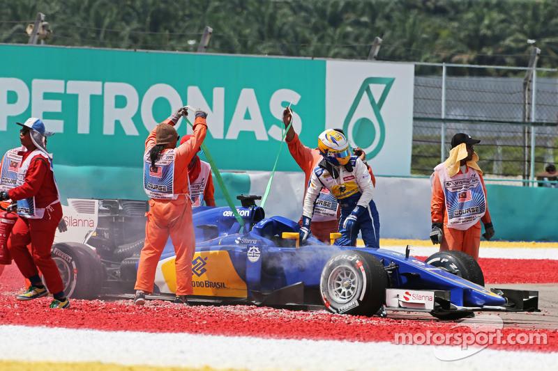 Маркус Ерікссон, Sauber C34 зійшов в гонці