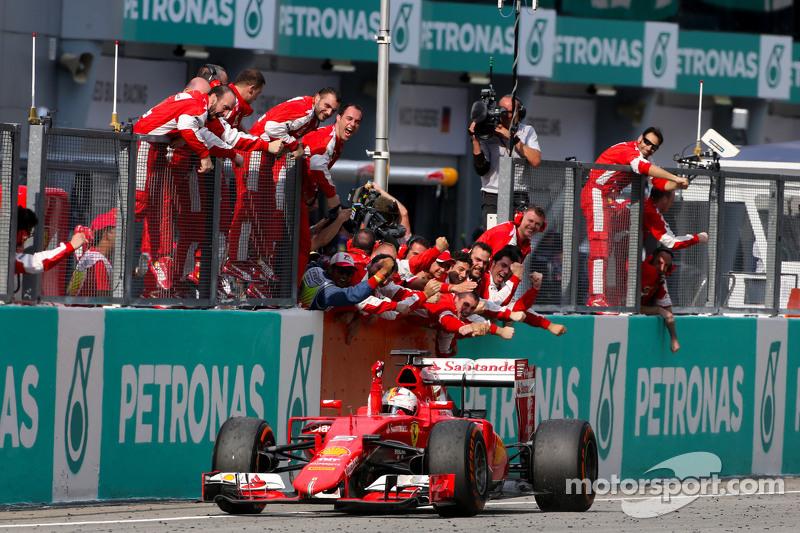 29 Mart 2015: Vettel, Malezya'da kazanıyor