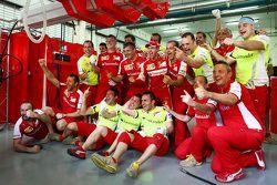 Race winner Sebastian Vettel, Ferrari celebrates with the team