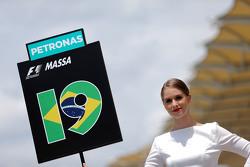 Грид-гёрл Фелипе Масса Williams F1 Team