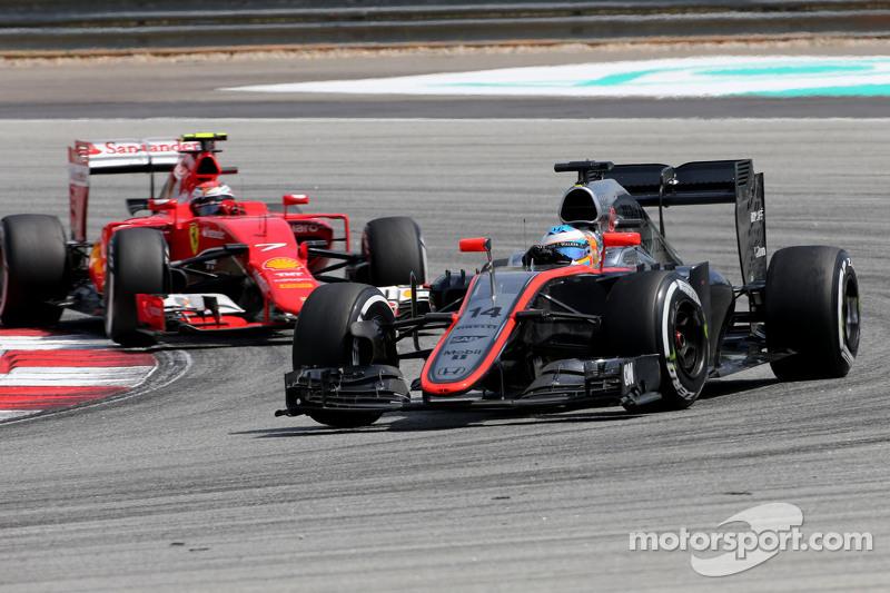 Fernando Alonso, McLaren Honda and Kimi Raikkonen, Scuderia Ferrari