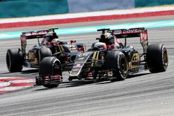 Ромен Грожан Lotus F1 Team и Пастор Мальдонадо Lotus F1 Team