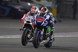 Jorge Lorenzo, Yamaha Factory Racing, und Andrea Dovizioso, Ducati Team