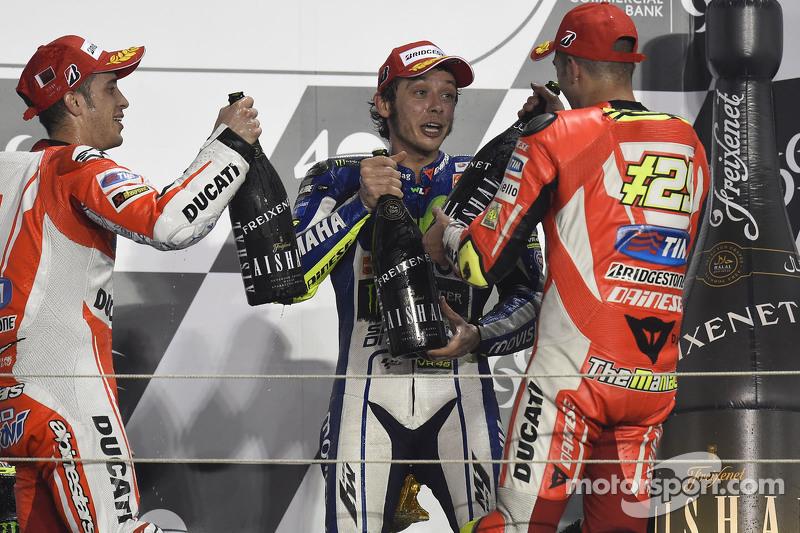 Podio: 1º Valentino Rossi, 2º Andrea Dovizioso, 3º Andrea Iannone