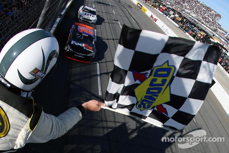 Denny Hamlin, Joe Gibbs Racing, Toyota, siegt