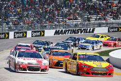 Restart : Joey Logano, Team Penske Ford, Ryan Newman, Richard Childress Racing Chevrolet