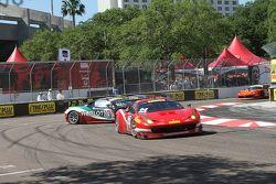 #07 Scuderia Corsa, Ferrari 458 GT3 Italia: Martin Fuentes mit Dreher