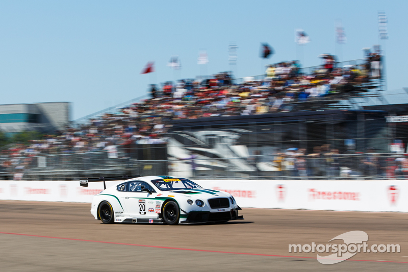 #20 Bentley Team Dyson Racing Bentley Continental GT3: Батч Ляйцингер