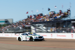 #20 Bentley Team Dyson Racing Bentley Continental GT3: Батч Ляйцингер