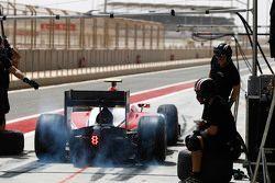Nobuharu Matsushita, ART Grand Prix makes a pit stop