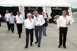 Marcello Lotti, Geschäftsführer WSC, und Bernie Ecclestone, Präsident und Geschäftsführer, FOM