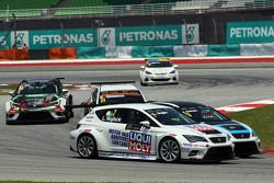 Lorenzo Veglia, Liqui Moly Team Engstler, SEAT Leon Racer, Andrea Belicchi, SEAT Leon Racer, Target Competition and Kevin Gleason, Honda Civic TCR, West Coast Racing