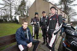Экипажи команды SRT (слева направо): Дмитрий Лебедик, Ральф Сирмацис, Артурс Симинс и Василий Грязин