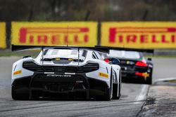 #54 Attempto Racing McLaren 650S GT3: Philipp Wlazik, Yoshiharu Mori