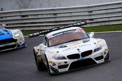 #888 Triple Eight Racing, BMW Z4 GT3: Lee Mowle, Joe Osborne