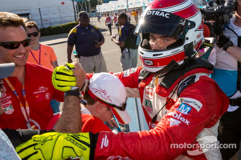 Piquet conseguiu a terceira colocação em Buenos Aires e um quinto lugar em Miami logo depois. A primeira vitória veio em Long Beach, na sexta etapa do campeonato .