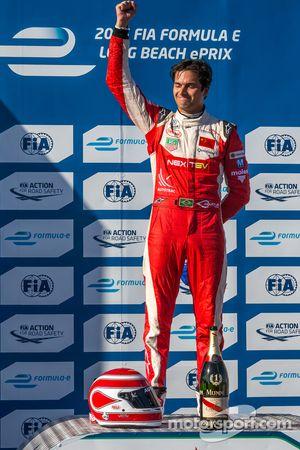 Le vainqueur Nelson Piquet Jr.