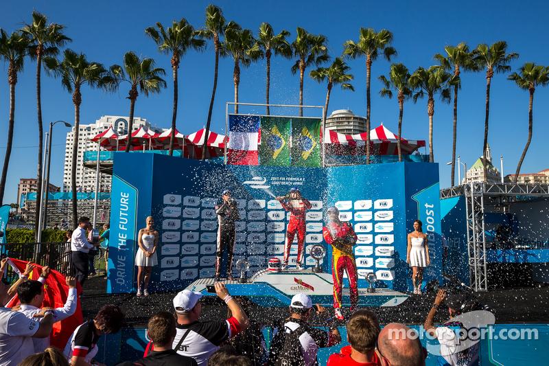 O pódio daquela corrida também tinha dois futuros campeões da F-E: Jean-Eric Vergne e Lucas di Grassi.