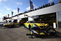 Les stands BMW Sports Trophy Team Brasil