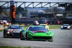#333 Rinaldi Racing,法拉利458 Italia: Marco Seefried, Norbert Siedler