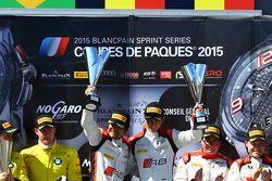 领奖台: 比赛获胜者 Stéphane Richelmi, Stéphane Ortelli,比利时奥迪俱乐部车队WRT, 第二名Maxime Martin, Dirk Müller, 巴西宝马运动奖