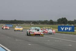 Facundo Ardusso, Trotta Competicion, Dodge, und Leonel Pernia, Las Toscas Racing, Chevrolet