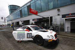 #83 Bentley Team HTP Bentley Continental GT3: Olivier Lombard, Jules Szymkowiak