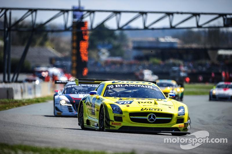 #70 GT Russian Team Mercedes SLS AMG GT3: Бернд Шнайдер, Алексей Карачёв