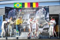 منصة التتويج: المركز الثاني، بي إم دبليو سبورتس تروفي تيم البرازيلي، بي إم دبليو زاد4: ماكسيم مارتين