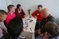 威尔·史蒂文斯, 马诺F1车队,和媒体一起
