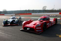 Nissan GT-R LM Nismo and #42 Strakka Racing Dome Strakka S103 - Nissan: Nick Leventis, Danny Watts,