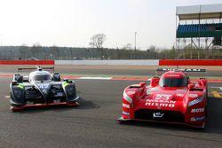Nissan GT-R LM Nismo ve #42 Strakka Racing Dome Strakka S103 - Nissan: Nick Leventis, Danny Watts, J