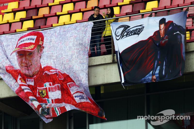 Spanduk untuk Kimi Raikkonen, Ferrari