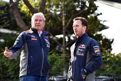 Доктор Хельмут Марко, консультант Red Bull Motorsport с Кристианом Хорнером, руководителем Red Bull Racing