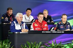 The FIA Press Conference,): James Key, Scuderia Toro Rosso Technical Director; Ayao Komatsu, Lotus F