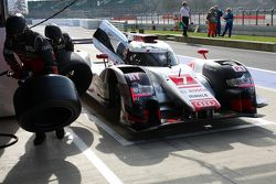 #7 Audi Sport Team Joest Audi R18 e-tron quattro : Marcel Fassler, AndreÌ Lotterer, Benoit Tréluyer