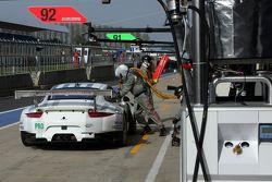 #92 Porsche Team Manthey Porsche 911 RSR : Patrick Pilet,Frederic Makowiecki