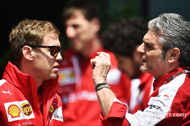 Sebastian Vettel, Ferrari con Maurizio Arrivabene, director del equipo Ferrari