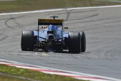 Фелипе Наср, Sauber C34 sends sparks flying