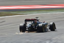 Пастор Мальдонадо, Lotus F1 E23 sdsf