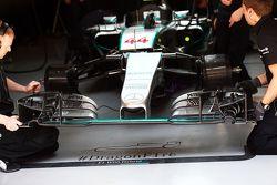 Переднее крыло Mercedes AMG F1 W06 Льюиса Хэмилтона