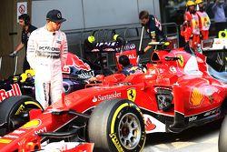 Lewis Hamilton, Mercedes AMG F1 looking at the Ferrari