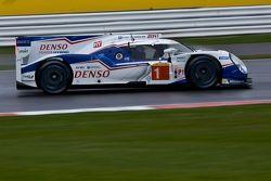 #1 Toyota Racing Toyota TS040-Hybrid : Anthony Davidson, Sébastien Buemi, Kazuki Nakajima