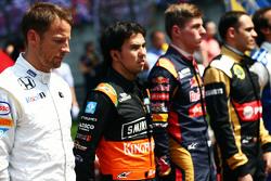 Jenson Button, McLaren, in der Startaufstellung