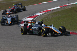 Sergio Perez, Sahara Force India F1 VJM08 leads team mate Nico Hulkenberg, Sahara Force India F1 VJM
